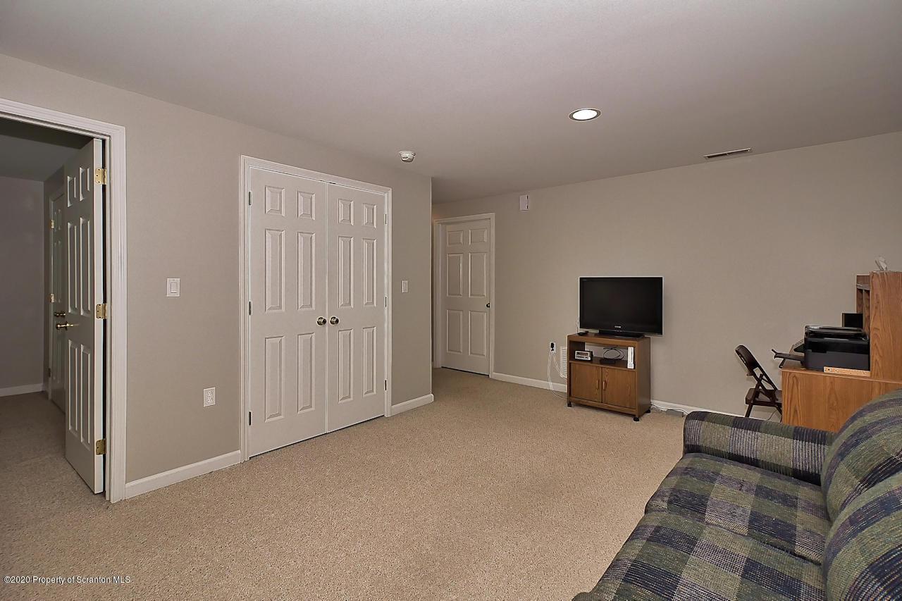 21 Parkland Drive, Clarks Summit, Pennsylvania 18411, 2 Bedrooms Bedrooms, 6 Rooms Rooms,3 BathroomsBathrooms,Residential - condo/townhome,For Sale,Parkland,20-3816