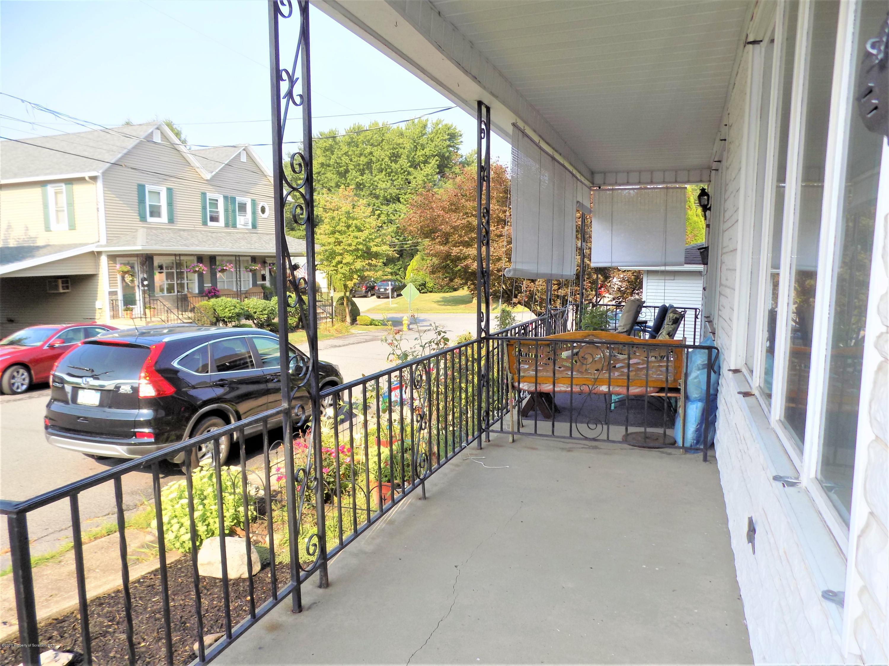 12 Rock St, Pittston, Pennsylvania 18640, 3 Bedrooms Bedrooms, 6 Rooms Rooms,1 BathroomBathrooms,Single Family,For Sale,Rock,20-3797