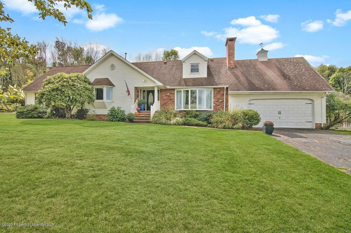 143 Jermyn Dr, Waverly, Pennsylvania 18471, 3 Bedrooms Bedrooms, 8 Rooms Rooms,3 BathroomsBathrooms,Single Family,For Sale,Jermyn,20-3805