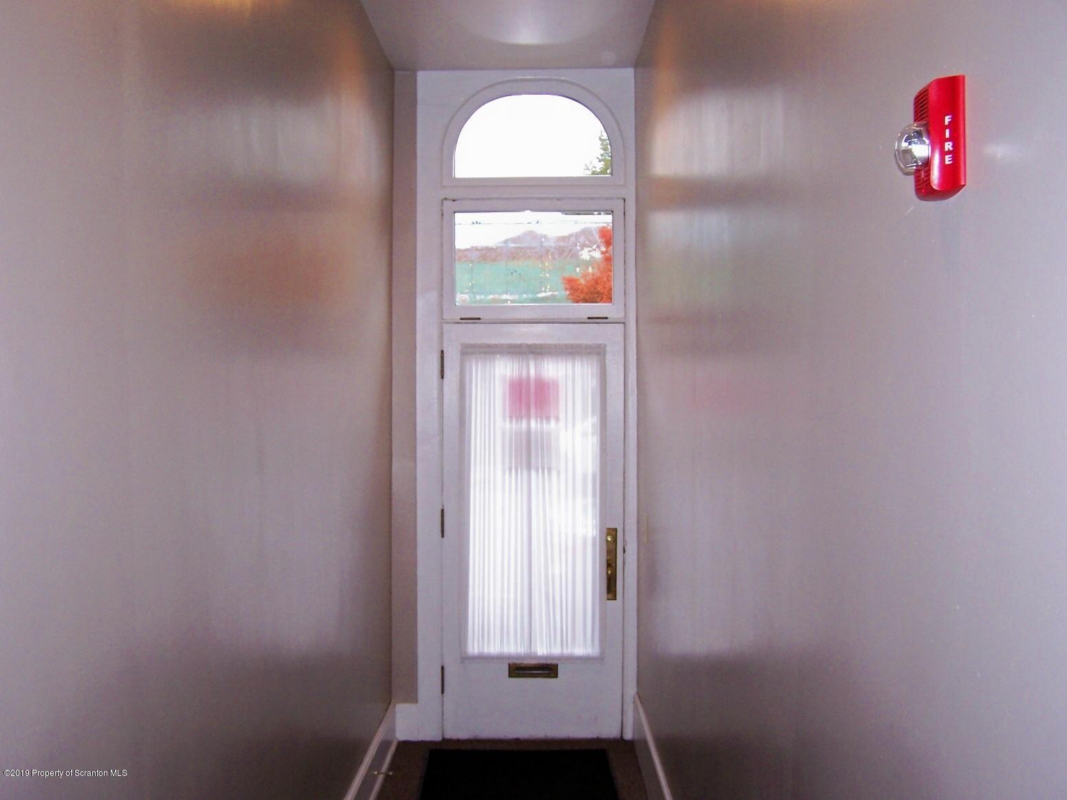 18 Tioga Apt. 2 St, Tunkhannock, Pennsylvania 18657, 1 Bedroom Bedrooms, 3 Rooms Rooms,1 BathroomBathrooms,Rental,For Lease,Tioga,20-3818