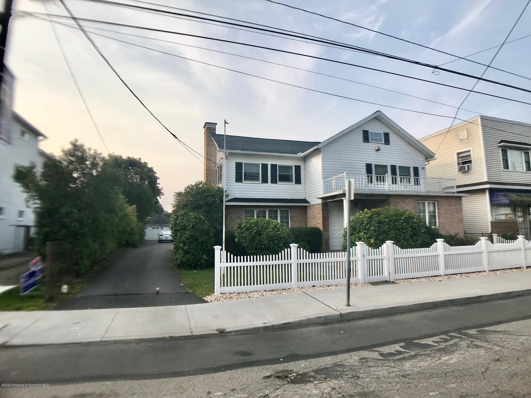 613 Main St, Peckville, Pennsylvania 18452, 3 Bedrooms Bedrooms, 8 Rooms Rooms,2 BathroomsBathrooms,Single Family,For Sale,Main,20-3859