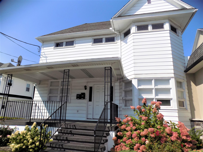 513 Main St Apt 2, Old Forge, Pennsylvania 18518, 1 Bedroom Bedrooms, 3 Rooms Rooms,1 BathroomBathrooms,Rental,For Lease,Main St,20-3982