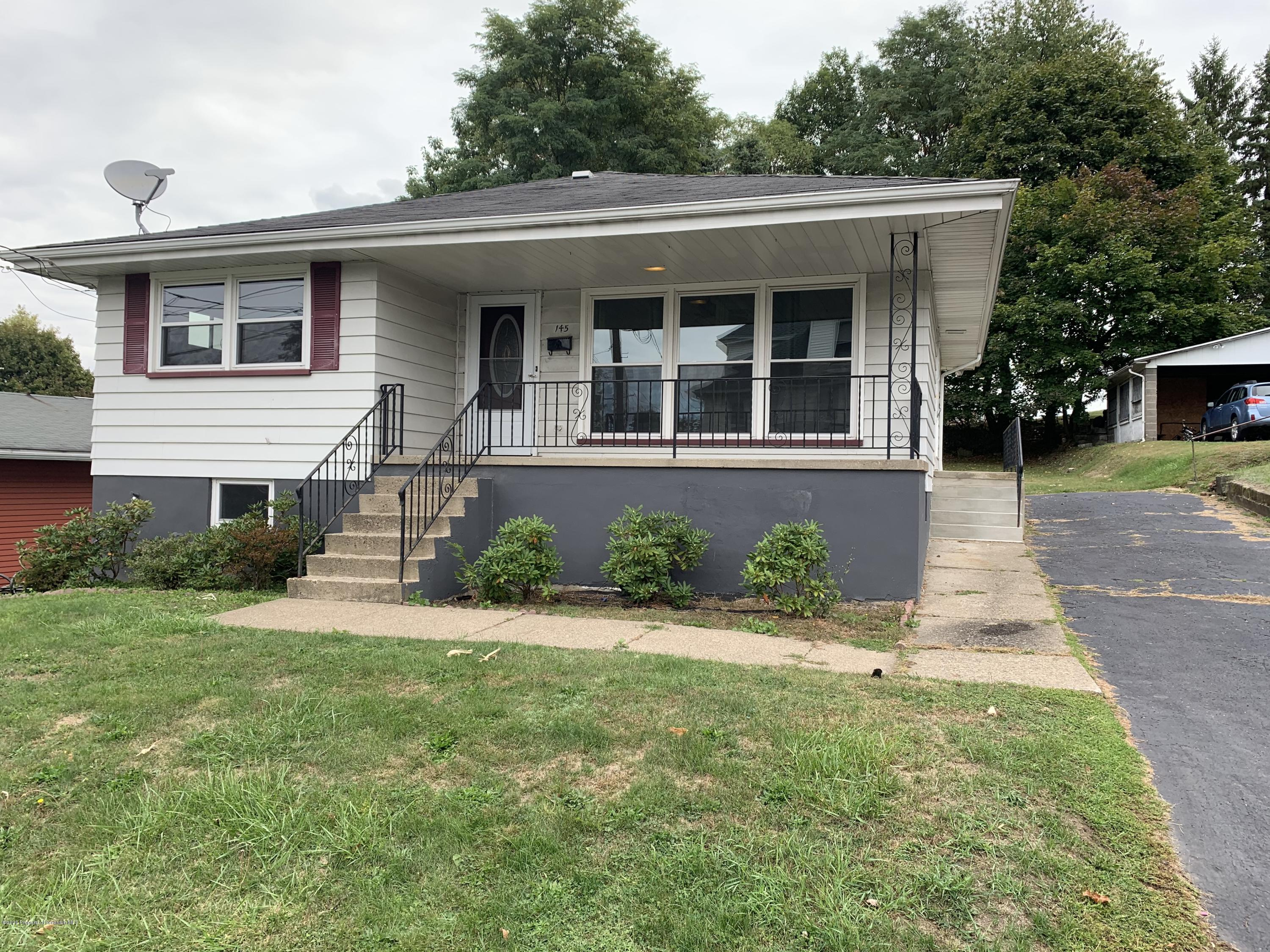 145 Hill St, Dunmore, Pennsylvania 18512, 2 Bedrooms Bedrooms, 4 Rooms Rooms,2 BathroomsBathrooms,Single Family,For Sale,Hill,20-4230