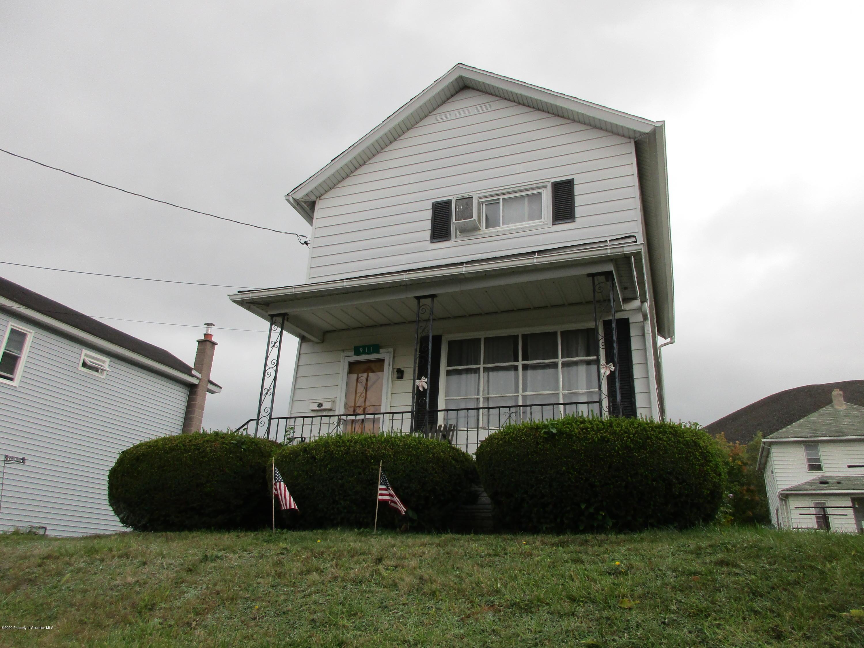 911 Carmalt St, Dickson City, Pennsylvania 18519, 3 Bedrooms Bedrooms, 6 Rooms Rooms,1 BathroomBathrooms,Single Family,For Sale,Carmalt,20-4305