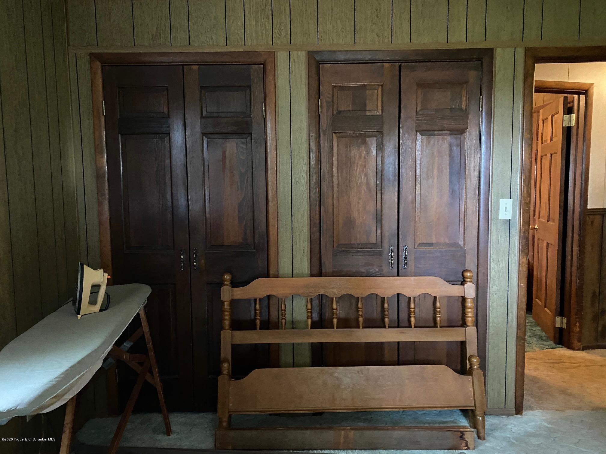 25 Dennis Rd, Scott Twp, Pennsylvania 18447, 3 Bedrooms Bedrooms, 6 Rooms Rooms,2 BathroomsBathrooms,Single Family,For Sale,Dennis Rd,20-4643