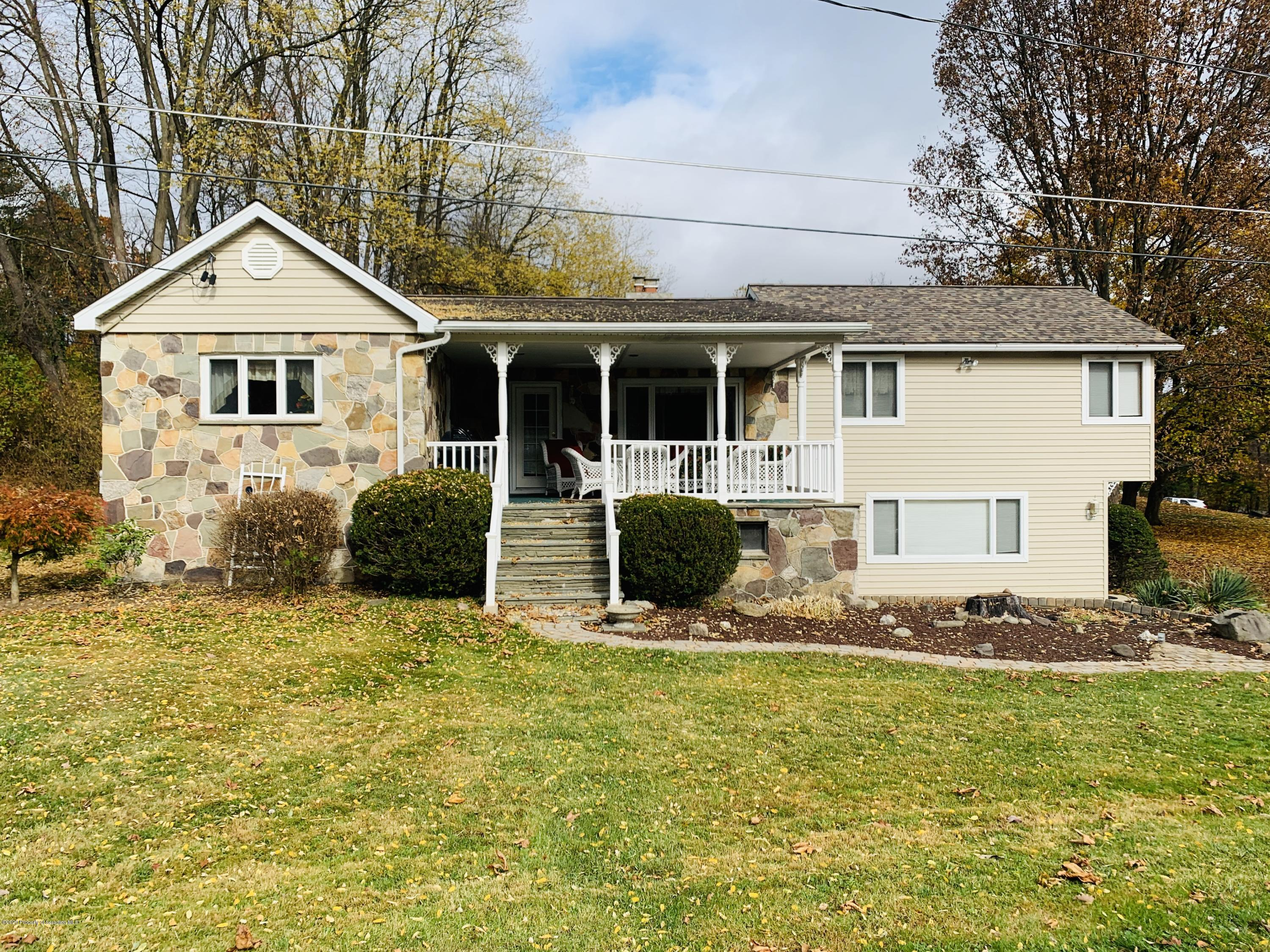 347 Woods Dr, Dalton, Pennsylvania 18414, 2 Bedrooms Bedrooms, 6 Rooms Rooms,1 BathroomBathrooms,Single Family,For Sale,Woods,20-4594