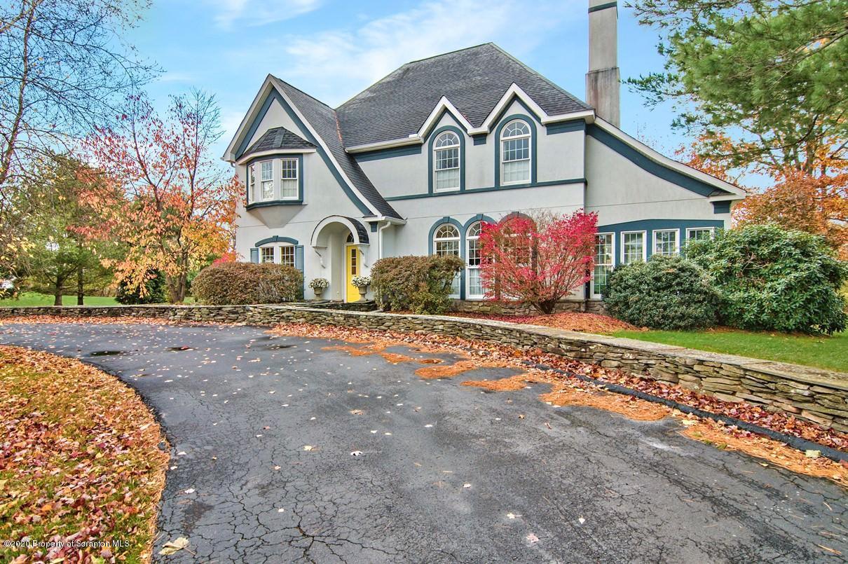 816 Saddle Loop Rd, Clarks Summit, Pennsylvania 18411, 4 Bedrooms Bedrooms, 11 Rooms Rooms,4 BathroomsBathrooms,Single Family,For Sale,Saddle Loop,20-4646