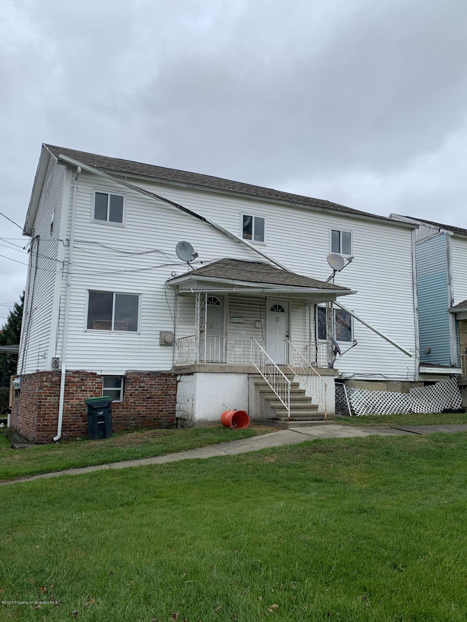 600 606 Hudson St, Mayfield, Pennsylvania 18433, ,Multi-Family,For Sale,Hudson,20-4857