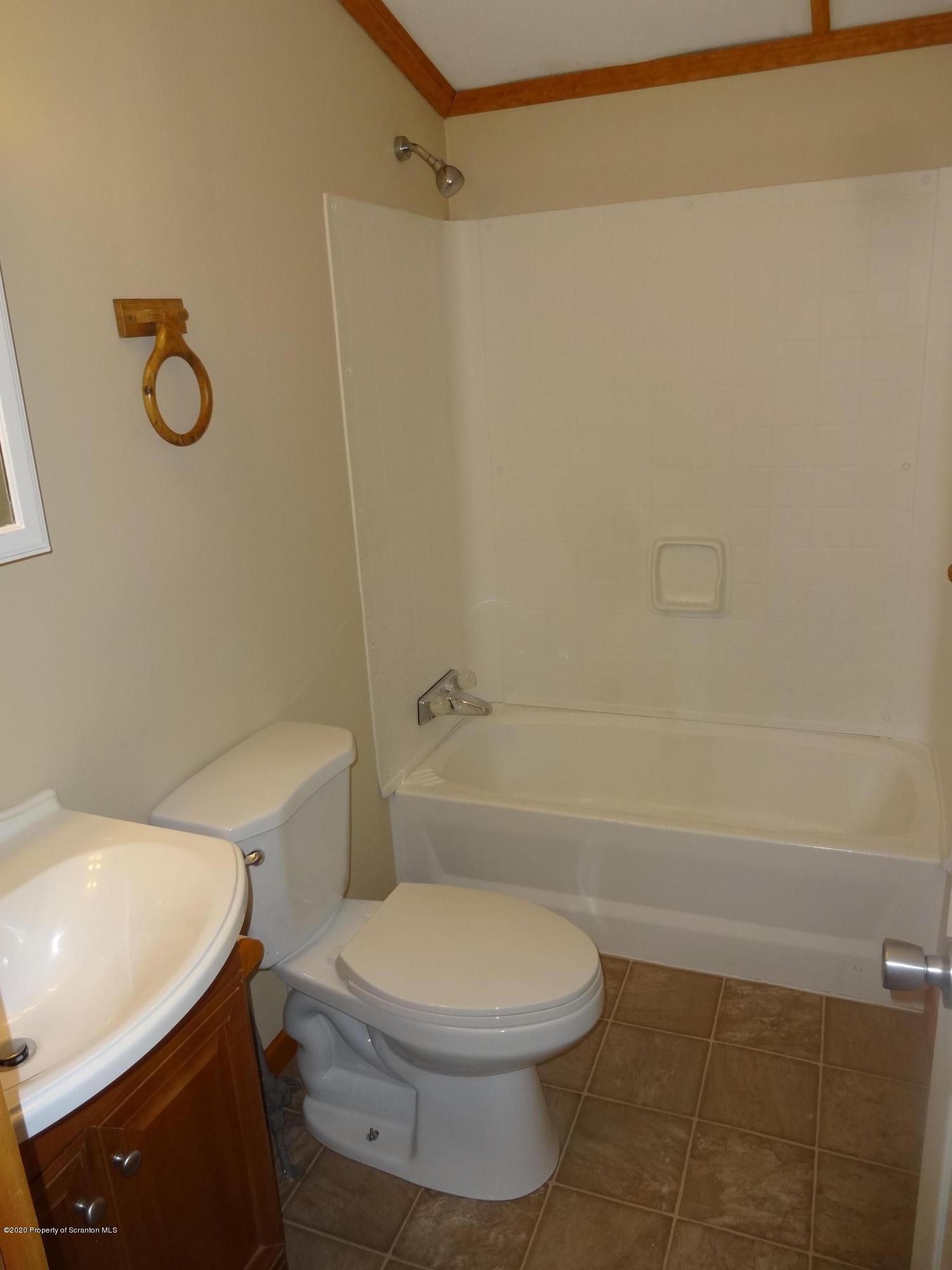 15 Center St., Mt. Cobb, Pennsylvania 18436, 4 Bedrooms Bedrooms, 7 Rooms Rooms,2 BathroomsBathrooms,Residential - mobile home,For Sale,Center St.,20-4921