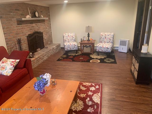 312 Carnation Dr, Clarks Summit, Pennsylvania 18411, 3 Bedrooms Bedrooms, 7 Rooms Rooms,2 BathroomsBathrooms,Single Family,For Sale,Carnation,20-4961