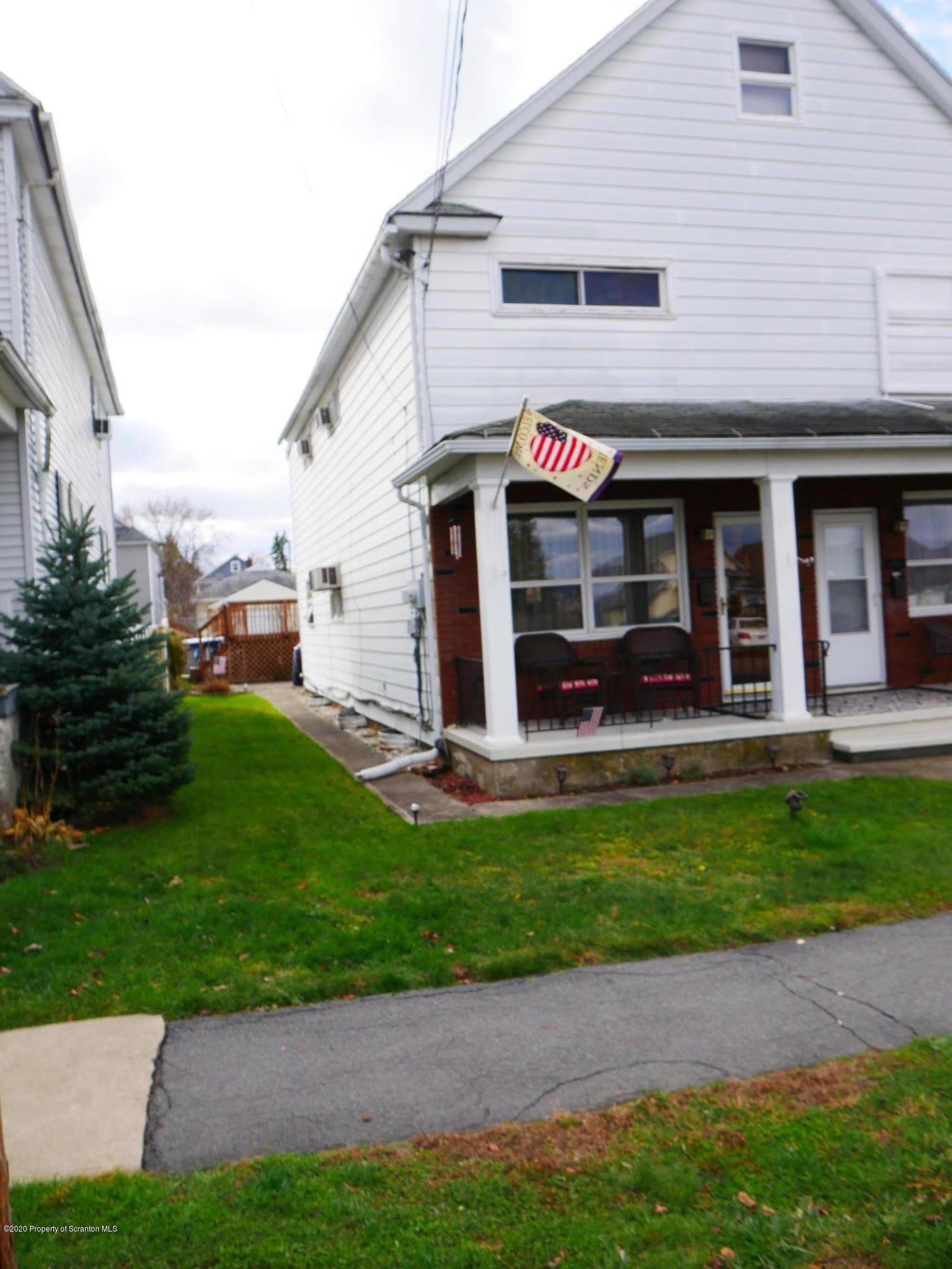 1345 Bryn Mawr St, Scranton, Pennsylvania 18504, 3 Bedrooms Bedrooms, 6 Rooms Rooms,1 BathroomBathrooms,Residential - condo/townhome,For Sale,Bryn Mawr,20-4976