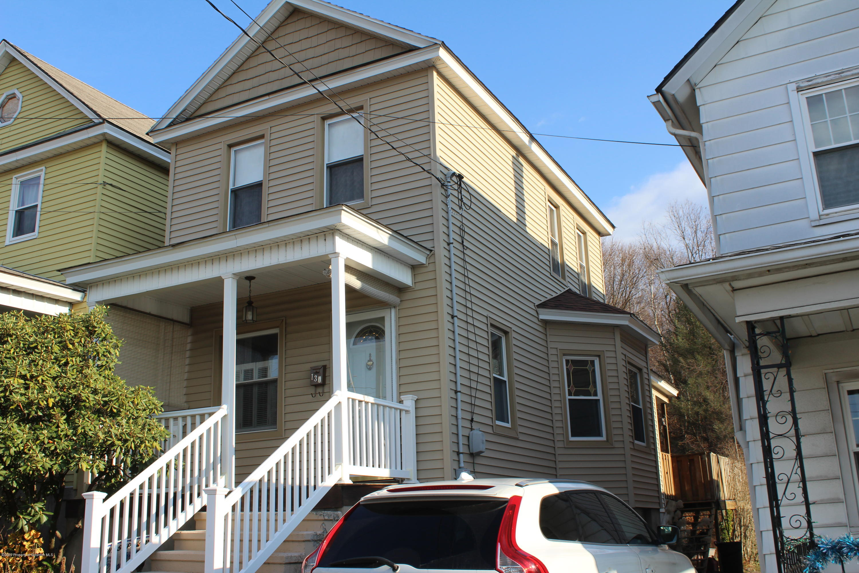 130 Dimmick St, Throop, Pennsylvania 18512, 2 Bedrooms Bedrooms, 5 Rooms Rooms,1 BathroomBathrooms,Single Family,For Sale,Dimmick,20-4993