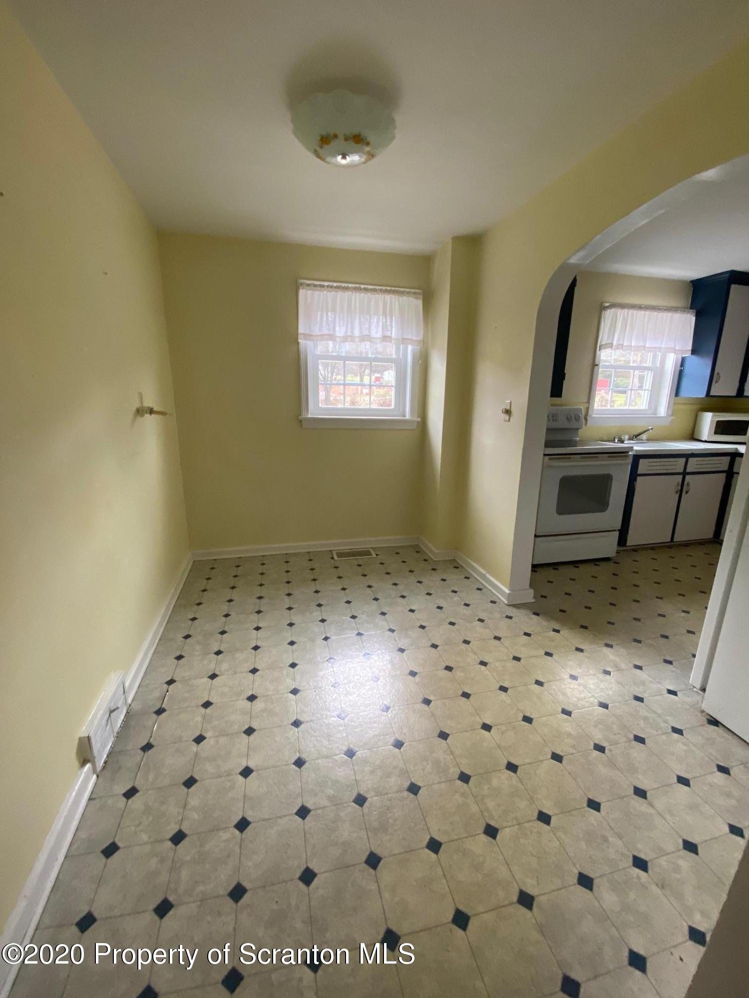 868 Justus Blvd, Scott Twp, Pennsylvania 18447, 4 Bedrooms Bedrooms, 7 Rooms Rooms,1 BathroomBathrooms,Single Family,For Sale,Justus,20-5173