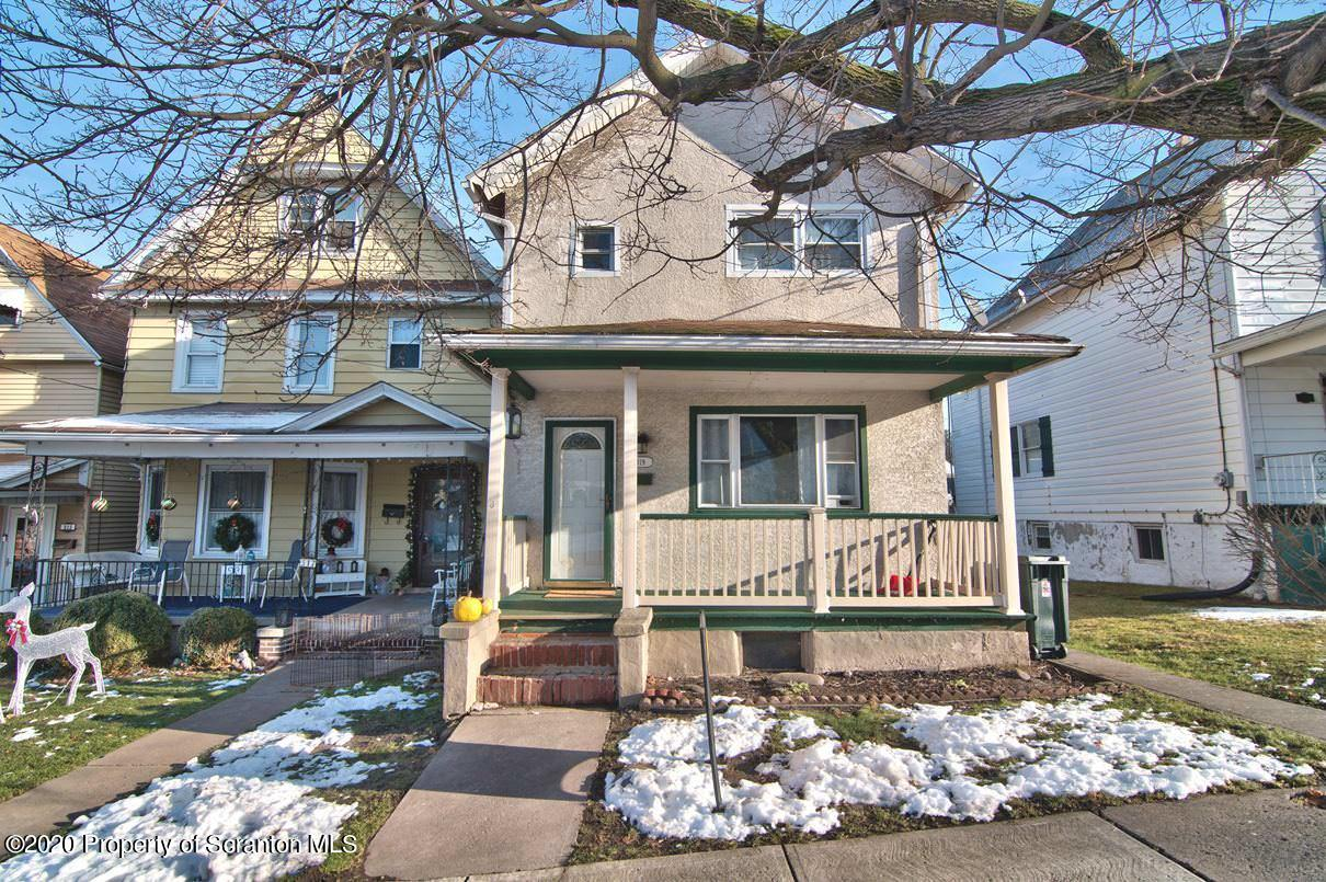 319 Grove St, Dunmore, Pennsylvania 18510, 3 Bedrooms Bedrooms, 6 Rooms Rooms,1 BathroomBathrooms,Single Family,For Sale,Grove,20-5088