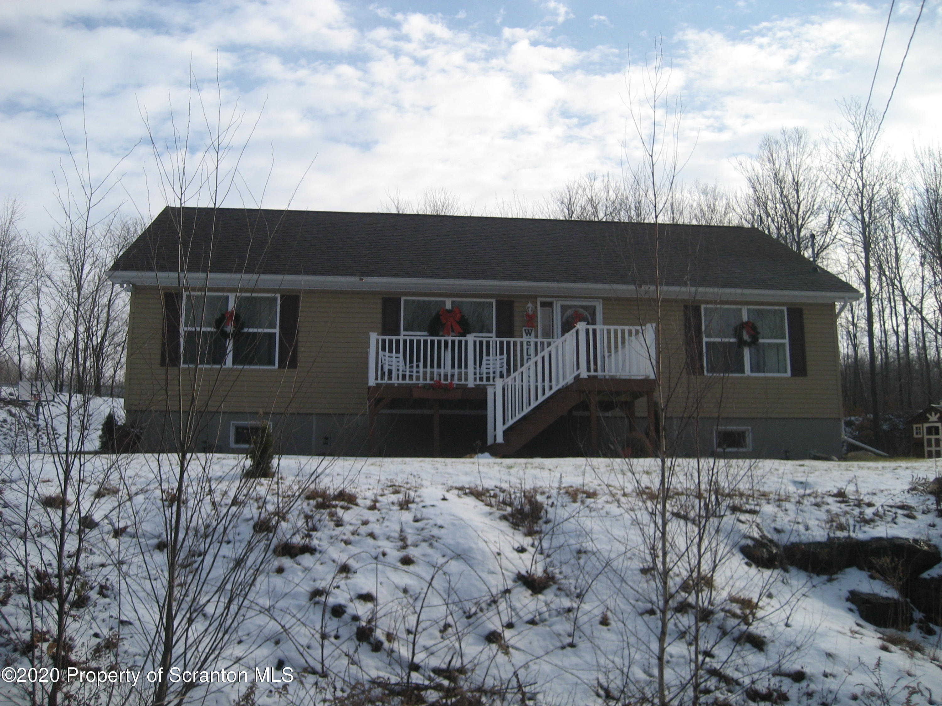 351 Cameron St, Carbondale, Pennsylvania 18407, 3 Bedrooms Bedrooms, 6 Rooms Rooms,3 BathroomsBathrooms,Single Family,For Sale,Cameron,20-5219