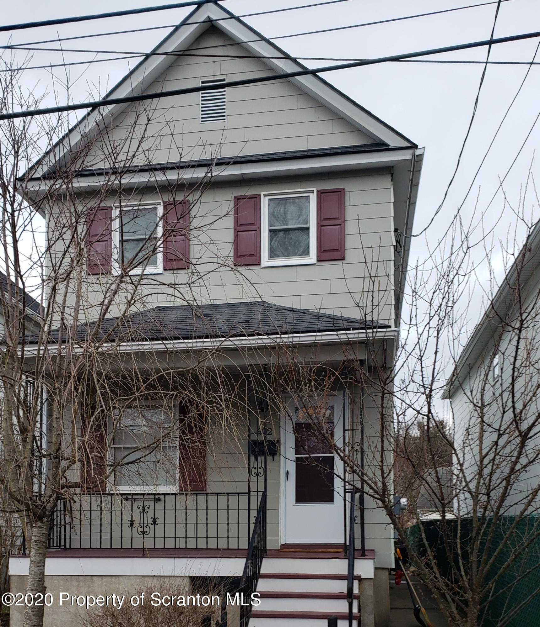 602 Ash St, Dickson City, Pennsylvania 18519, 2 Bedrooms Bedrooms, 5 Rooms Rooms,2 BathroomsBathrooms,Single Family,For Sale,Ash,20-5369