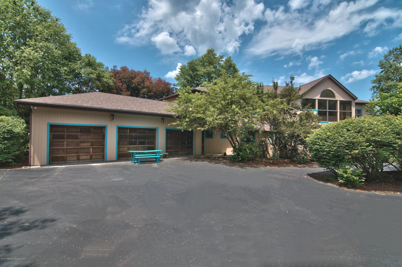 1540 Summit Lake Rd, Clarks Summit, Pennsylvania 18411, 5 Bedrooms Bedrooms, 10 Rooms Rooms,5 BathroomsBathrooms,Single Family,For Sale,Summit Lake,21-207
