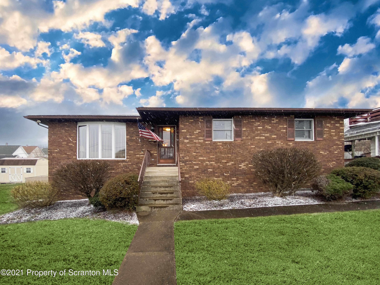 2015 Pittston Ave, Scranton, Pennsylvania 18505, 4 Bedrooms Bedrooms, 9 Rooms Rooms,3 BathroomsBathrooms,Single Family,For Sale,Pittston,21-236