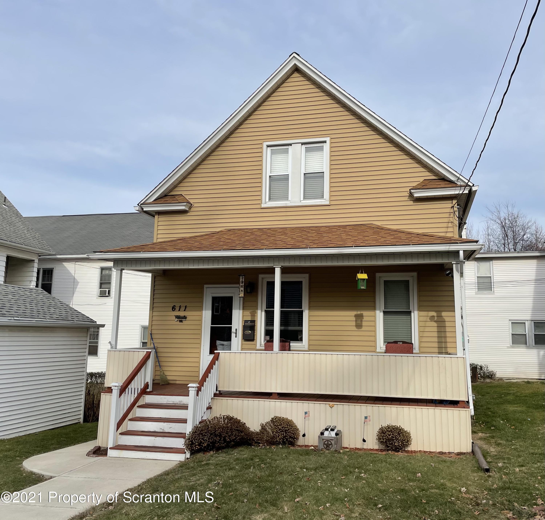 611 Locust St, Scranton, Pennsylvania 18505, 3 Bedrooms Bedrooms, 5 Rooms Rooms,2 BathroomsBathrooms,Single Family,For Sale,Locust,21-246