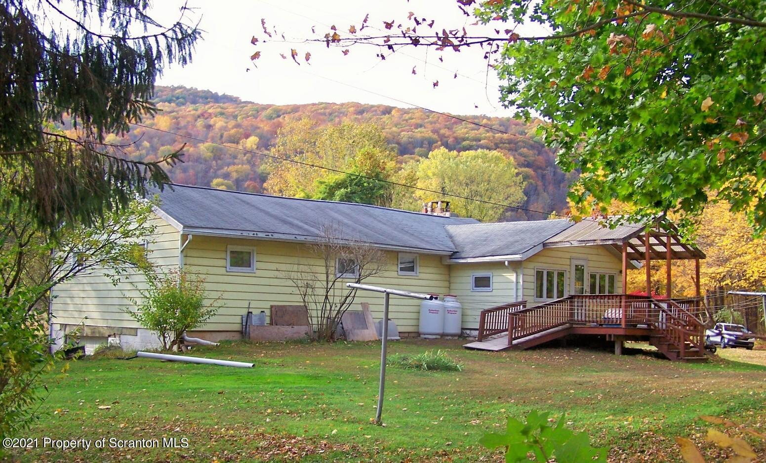 249 Strohl Ln, Tunkhannock, Pennsylvania 18657, 4 Bedrooms Bedrooms, 6 Rooms Rooms,1 BathroomBathrooms,Single Family,For Sale,Strohl,21-431