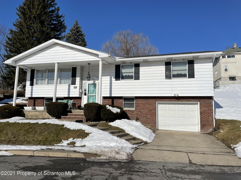 1009 Union Ave, Scranton, Pennsylvania 18510, 3 Bedrooms Bedrooms, 9 Rooms Rooms,2 BathroomsBathrooms,Single Family,For Sale,Union,21-638