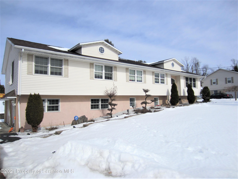1307 SCHOOL ST, Clarks Summit, Pennsylvania 18411, 4 Bedrooms Bedrooms, 10 Rooms Rooms,4 BathroomsBathrooms,Single Family,For Sale,SCHOOL ST,21-645