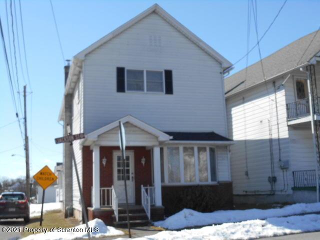 711 Jackson St, Dickson City, Pennsylvania 18519, 3 Bedrooms Bedrooms, 7 Rooms Rooms,2 BathroomsBathrooms,Single Family,For Sale,Jackson,21-652