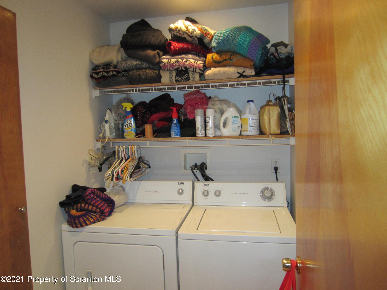 280 LAKESIDE ROAD, Hop Bottom, Pennsylvania 18824, 3 Bedrooms Bedrooms, 7 Rooms Rooms,3 BathroomsBathrooms,Single Family,For Sale,LAKESIDE,21-720
