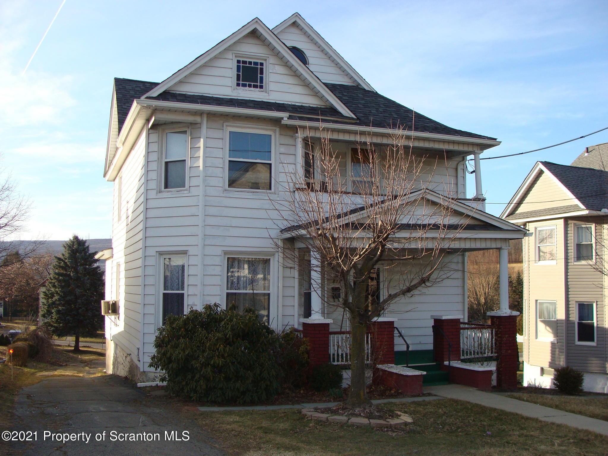 821 George Street, Throop, Pennsylvania 18512, 3 Bedrooms Bedrooms, 7 Rooms Rooms,2 BathroomsBathrooms,Single Family,For Sale,George,21-839
