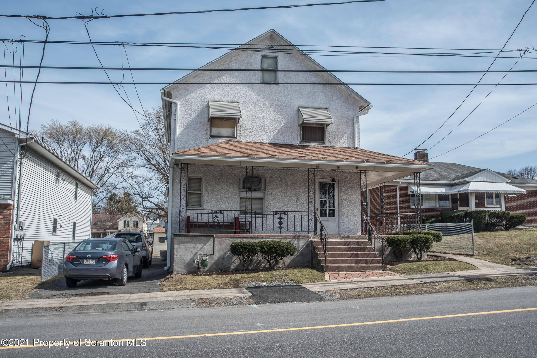 416 Dunmore St, Throop, Pennsylvania 18512, 3 Bedrooms Bedrooms, 6 Rooms Rooms,2 BathroomsBathrooms,Single Family,For Sale,Dunmore,21-935