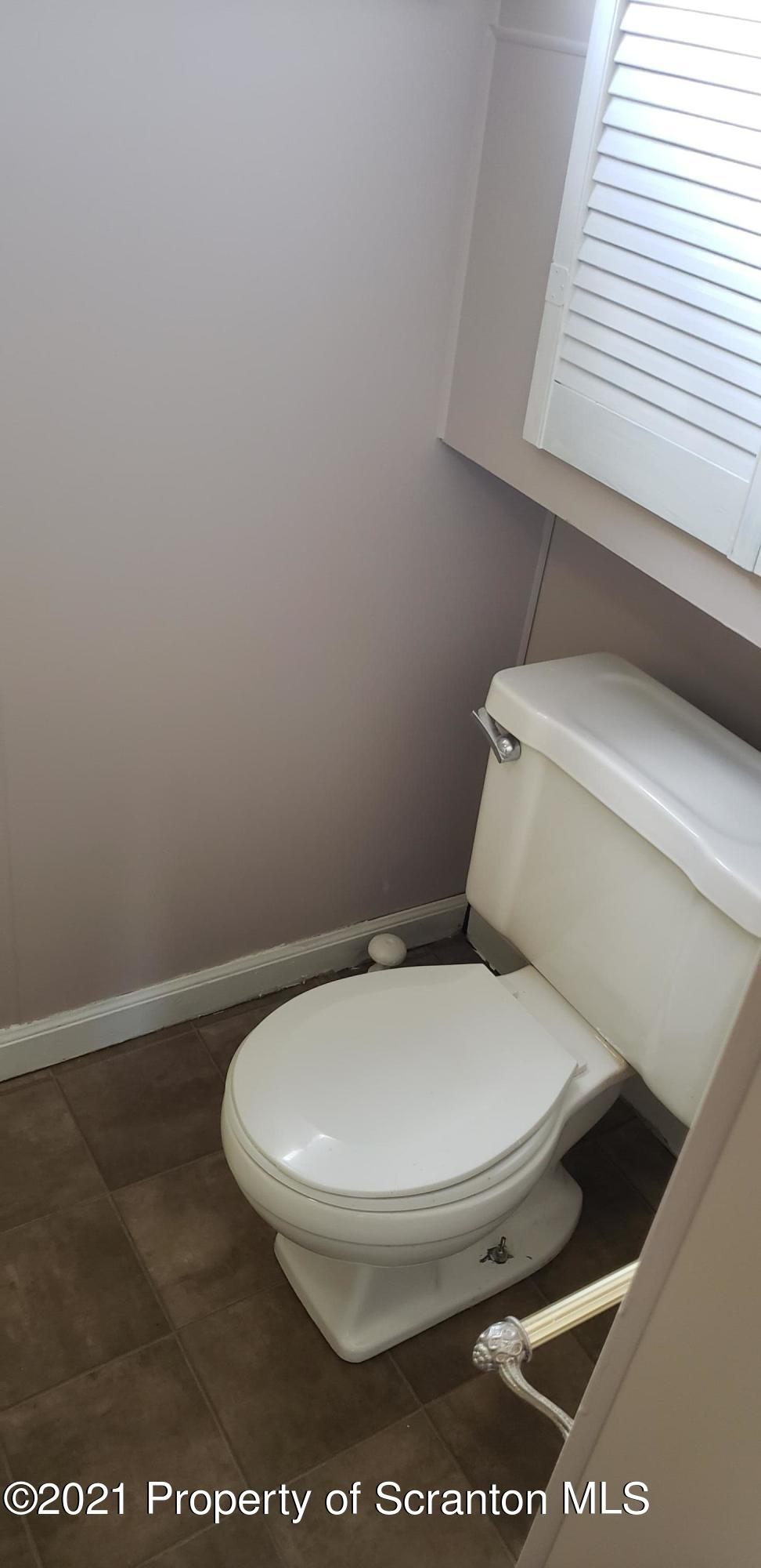 116 Van Buren Ave, Scranton, Pennsylvania 18504, 3 Bedrooms Bedrooms, 6 Rooms Rooms,2 BathroomsBathrooms,Single Family,For Sale,Van Buren,21-1058