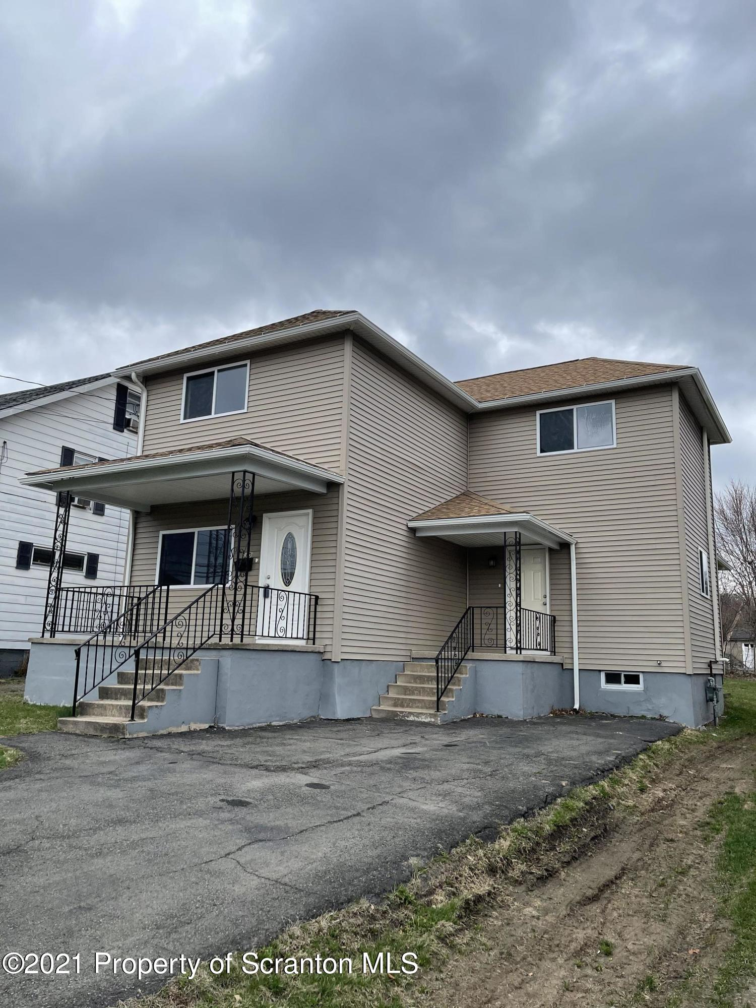 610 Keystone St, Peckville, Pennsylvania 18452, 3 Bedrooms Bedrooms, 6 Rooms Rooms,2 BathroomsBathrooms,Single Family,For Sale,Keystone,21-1070