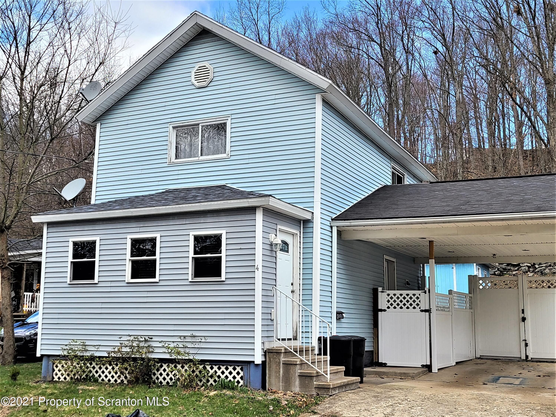 4 Railroad St, Archbald, Pennsylvania 18403, 2 Bedrooms Bedrooms, 4 Rooms Rooms,2 BathroomsBathrooms,Single Family,For Sale,Railroad,21-1090