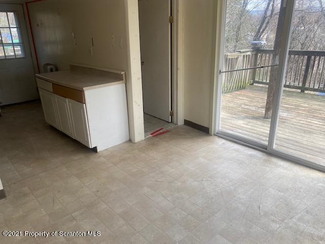 1212 Dundaff St, Dickson City, Pennsylvania 18519, 2 Bedrooms Bedrooms, 4 Rooms Rooms,1 BathroomBathrooms,Single Family,For Sale,Dundaff,21-1114