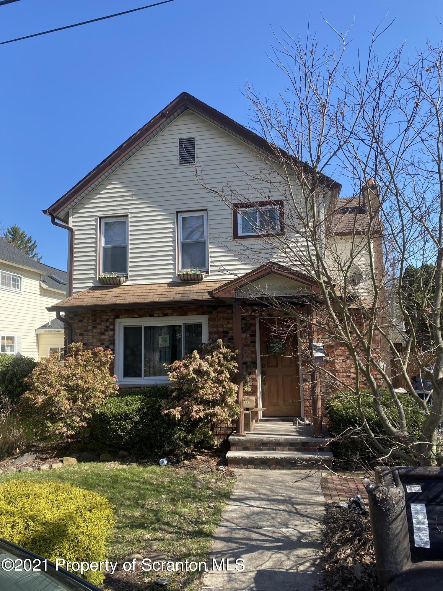 312 Rose St, Peckville, Pennsylvania 18452, 3 Bedrooms Bedrooms, 5 Rooms Rooms,1 BathroomBathrooms,Single Family,For Sale,Rose,21-1136