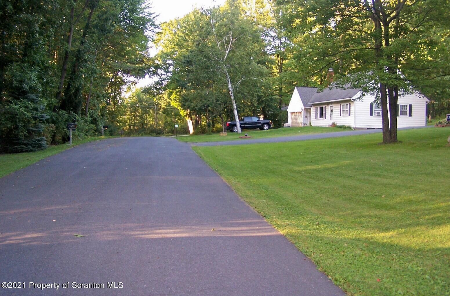 11 Laurel Dr, Tunkhannock, Pennsylvania 18657, 3 Bedrooms Bedrooms, 6 Rooms Rooms,2 BathroomsBathrooms,Single Family,For Sale,Laurel,21-1183