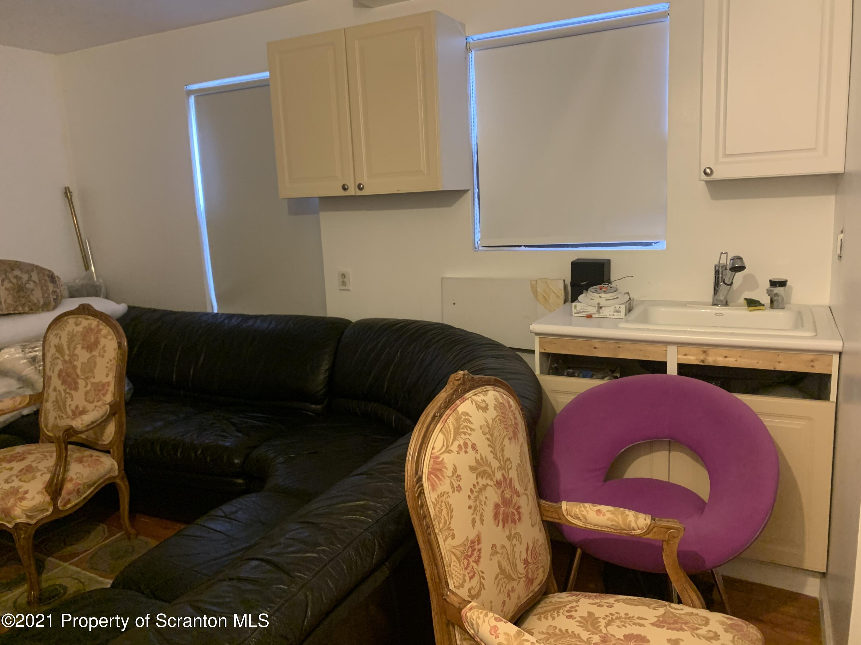 1332 Linden St, Scranton, Pennsylvania 18510, 5 Bedrooms Bedrooms, 6 Rooms Rooms,4 BathroomsBathrooms,Single Family,For Sale,Linden,21-1634