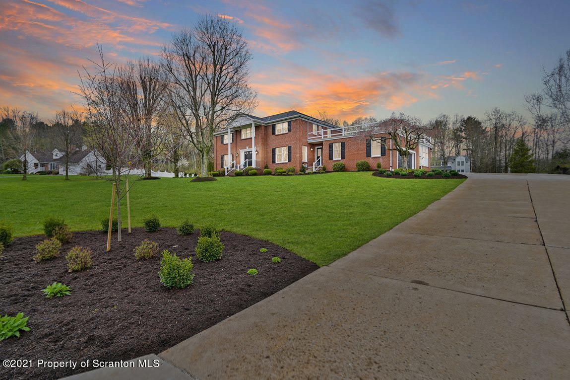 145 Jermyn Dr, Waverly Twp, Pennsylvania 18411, 4 Bedrooms Bedrooms, 10 Rooms Rooms,5 BathroomsBathrooms,Single Family,For Sale,Jermyn,21-1259