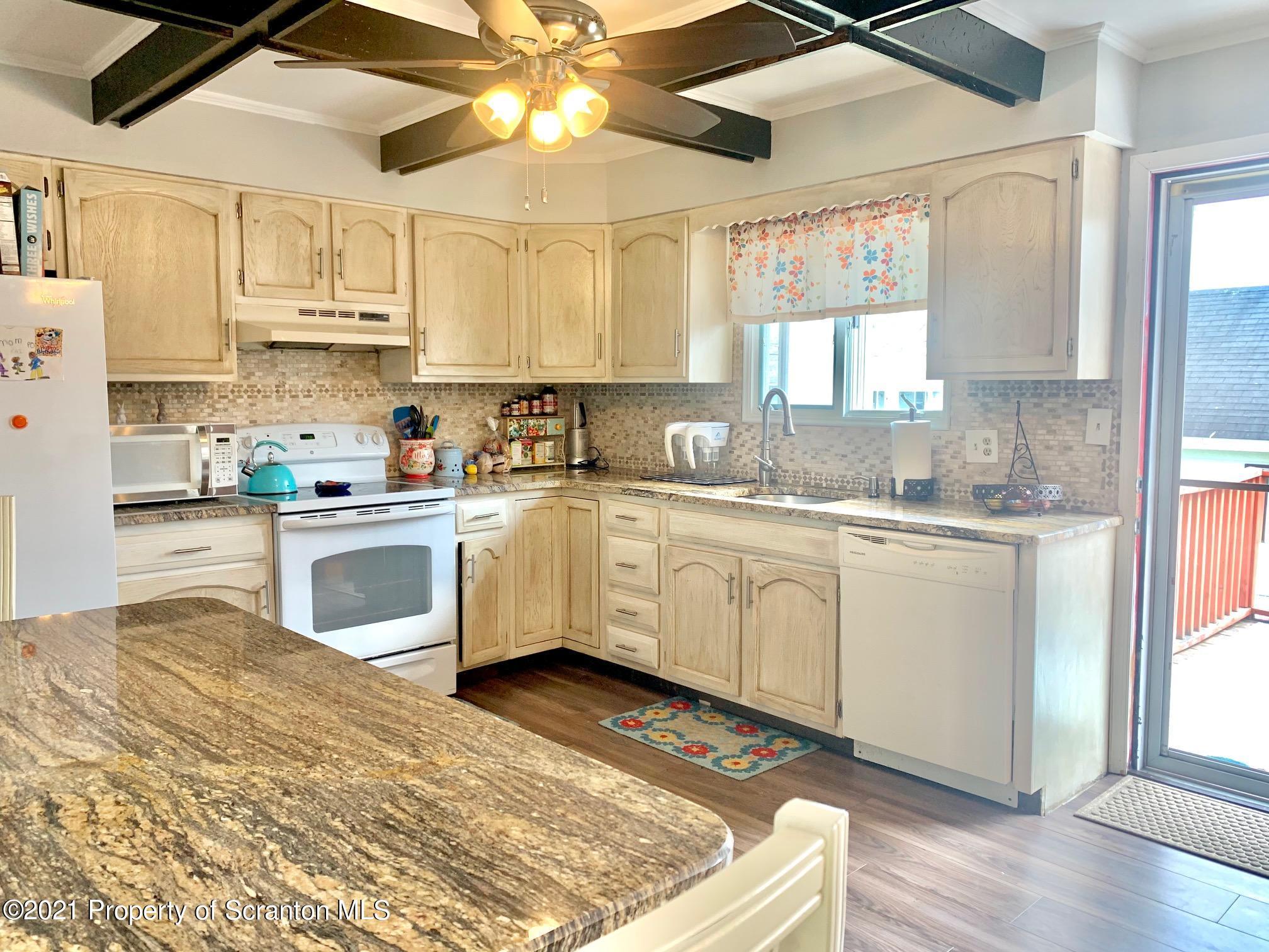 628 Cypress St, Throop, Pennsylvania 18512, 3 Bedrooms Bedrooms, 7 Rooms Rooms,2 BathroomsBathrooms,Single Family,For Sale,Cypress,21-1319