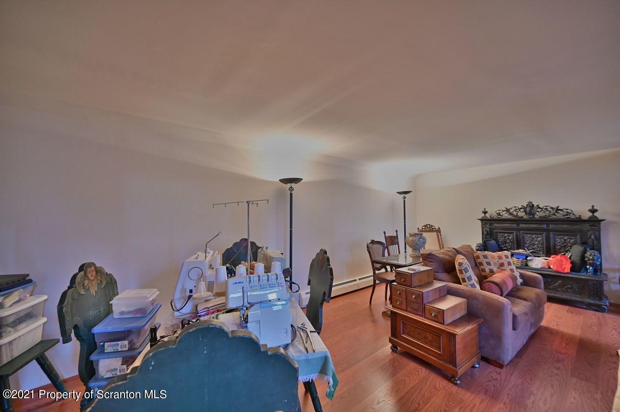 401 Horatio Ave, Scranton, Pennsylvania 18504, 4 Bedrooms Bedrooms, 9 Rooms Rooms,2 BathroomsBathrooms,Single Family,For Sale,Horatio,21-1331