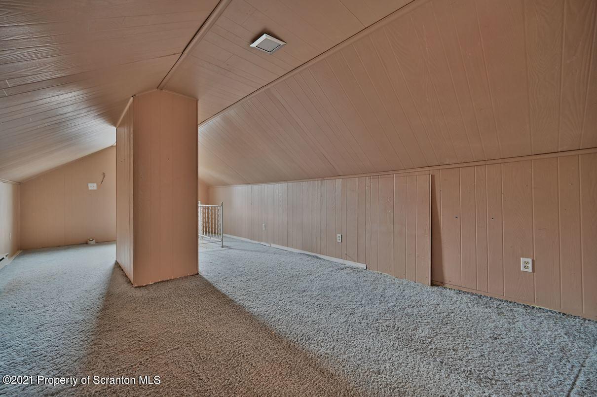 1490 Mt. Cobb Rd, Jefferson Twp, Pennsylvania 18436, 3 Bedrooms Bedrooms, 8 Rooms Rooms,2 BathroomsBathrooms,Single Family,For Sale,Mt. Cobb,21-1345