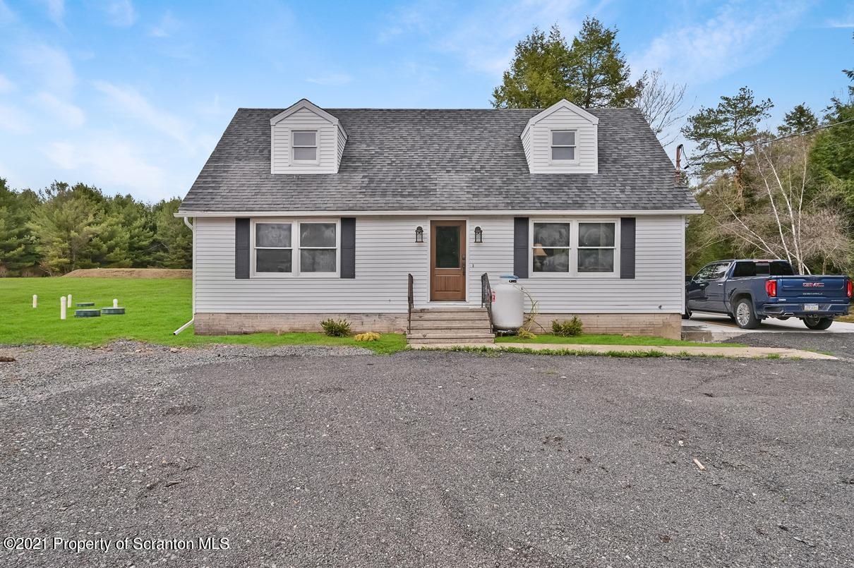 22 Suetta Ln, Covington Twp, Pennsylvania 18444, 4 Bedrooms Bedrooms, 5 Rooms Rooms,1 BathroomBathrooms,Single Family,For Sale,Suetta,21-1383
