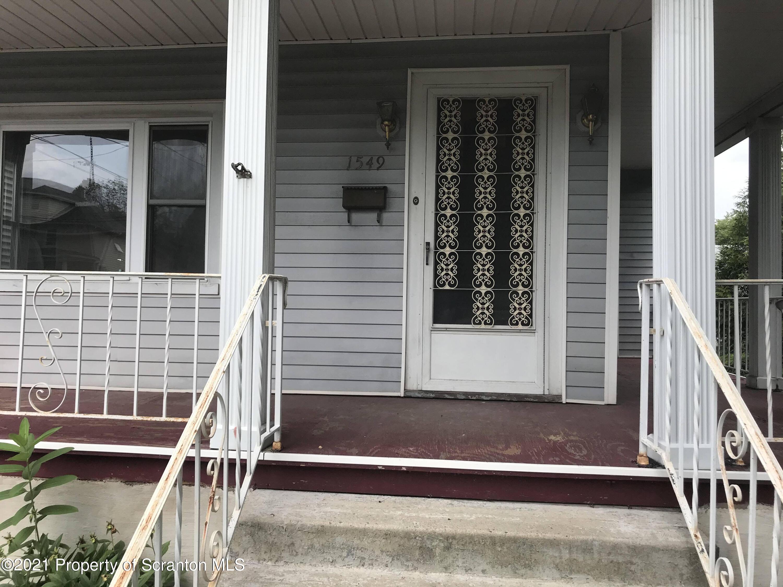 1549 Gardner Ave, Scranton, Pennsylvania 18509, 3 Bedrooms Bedrooms, 6 Rooms Rooms,1 BathroomBathrooms,Single Family,For Sale,Gardner,21-1651