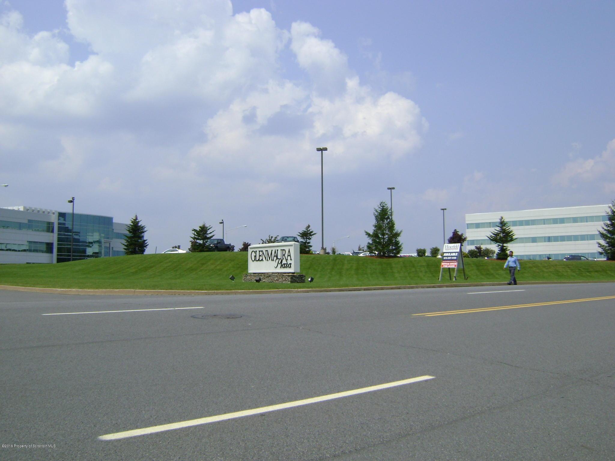 52 Glenmaura National Blvd, Moosic, Pennsylvania 18507, ,6 BathroomsBathrooms,Commercial,For Lease,Glenmaura National,21-1539