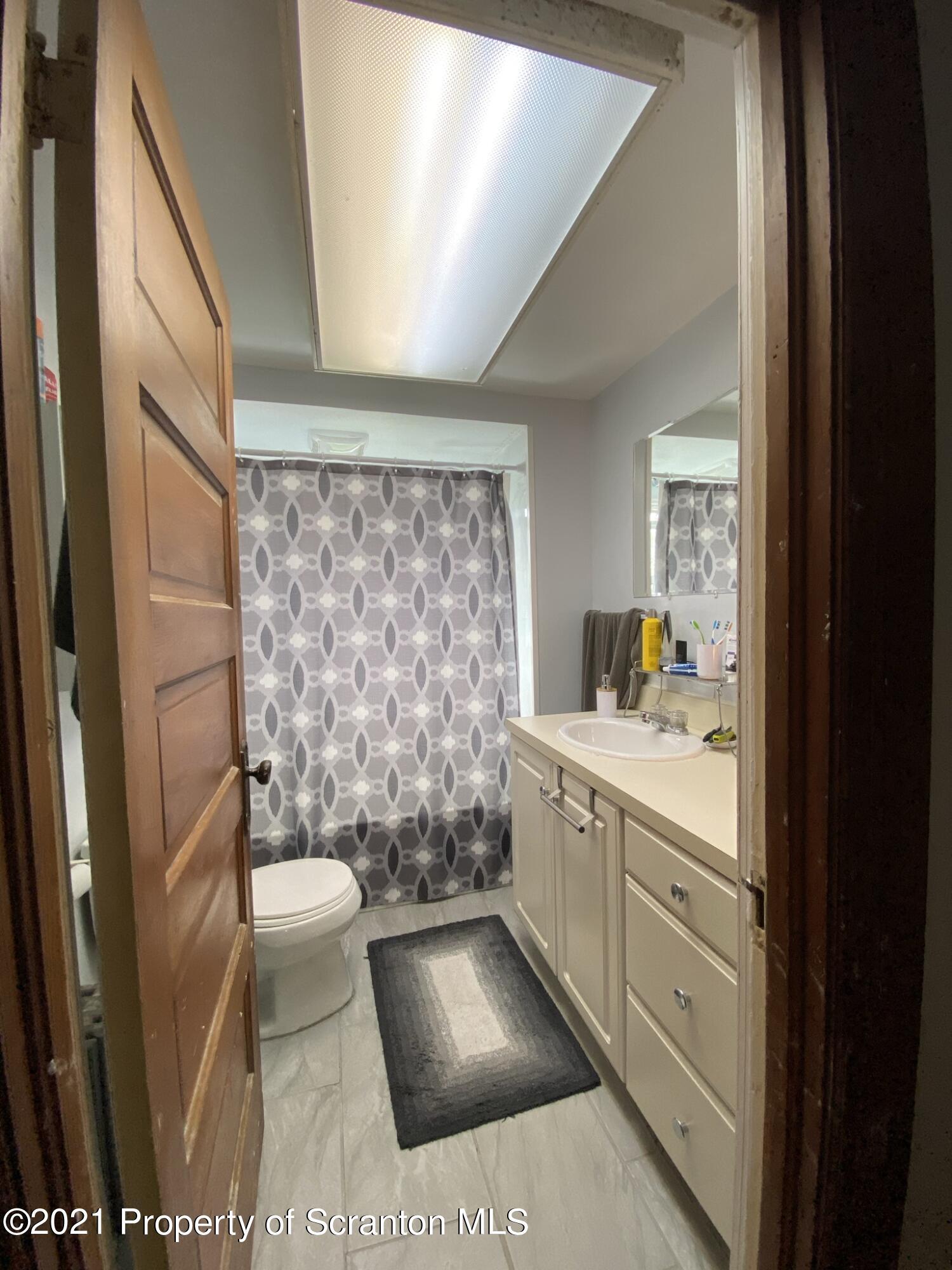 2115 Adams Ave, Scranton, Pennsylvania 18509, ,Multi-Family,For Sale,Adams,21-1649