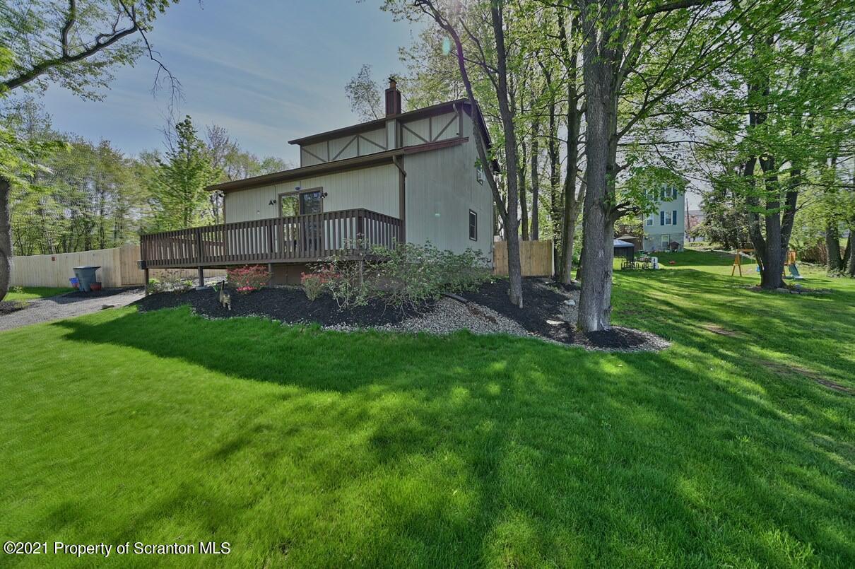 3009 Jones St, Scranton, Pennsylvania 18505, 3 Bedrooms Bedrooms, 5 Rooms Rooms,2 BathroomsBathrooms,Single Family,For Sale,Jones,21-1731