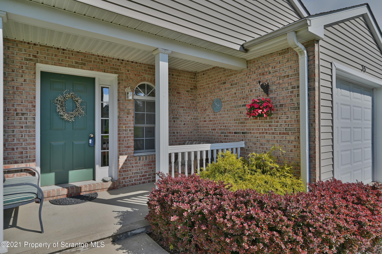 35 Parkland Dr, South Abington Twp, Pennsylvania 18411, 2 Bedrooms Bedrooms, 7 Rooms Rooms,3 BathroomsBathrooms,Residential - condo/townhome,For Sale,Parkland,21-1805