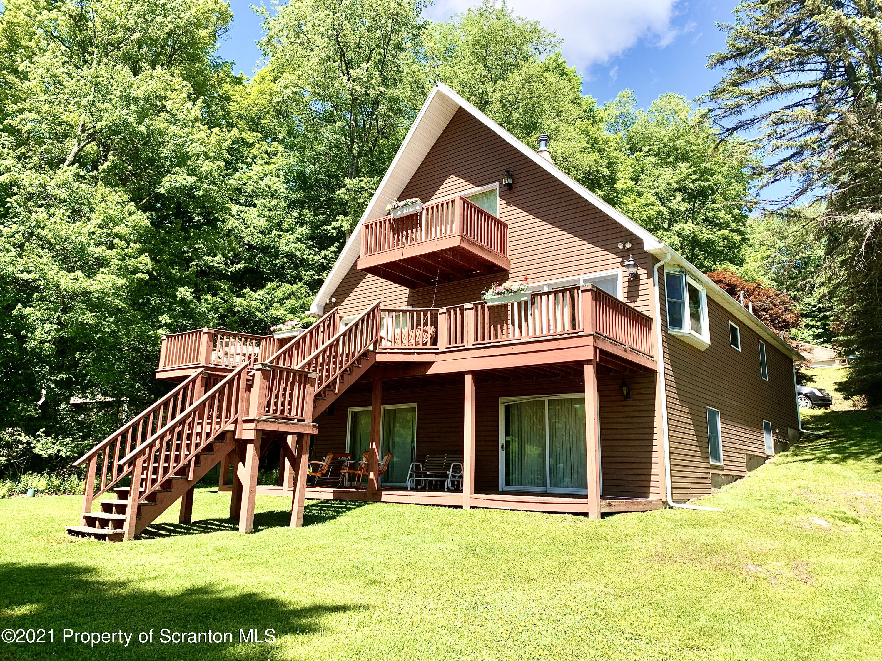 228 West Shore Drive, New Milford, Pennsylvania 18834, 3 Bedrooms Bedrooms, 9 Rooms Rooms,3 BathroomsBathrooms,Single Family,For Sale,West Shore Drive,21-2130