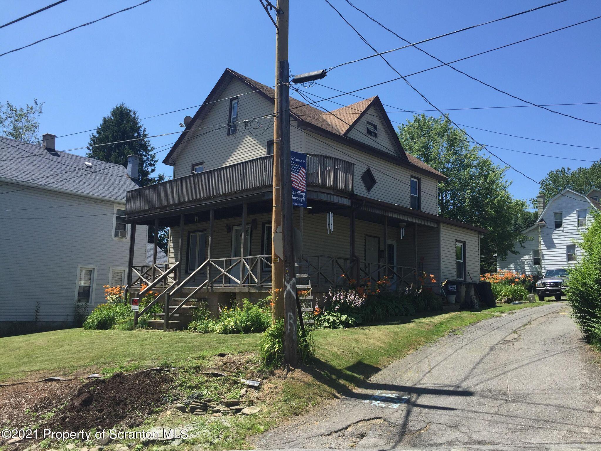 629 Clinton St, Forest City, Pennsylvania 18421, 3 Bedrooms Bedrooms, 2 Rooms Rooms,2 BathroomsBathrooms,Single Family,For Sale,Clinton,21-2214