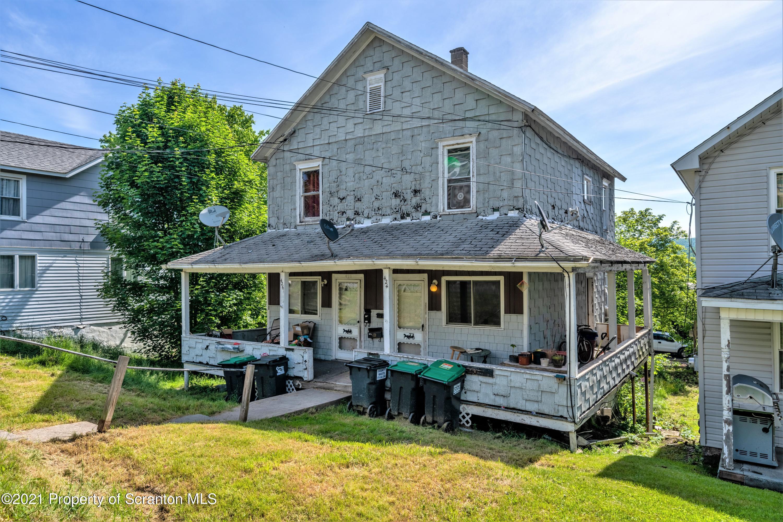 424-426 Delaware St., Forest City, Pennsylvania 18421, ,Multi-Family,For Sale,Delaware,21-2465